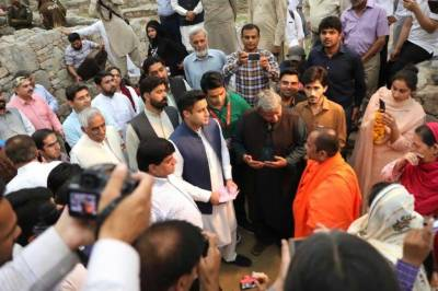 Govt working to develop Buddhist trail, says Chairman PTDC