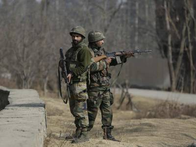 Bomb blast in Occupied Kashmir, 8 Indian Army Jawans killed and injured
