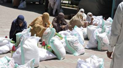 Security forces distribute Ramazan packages among deserving people in Khyber