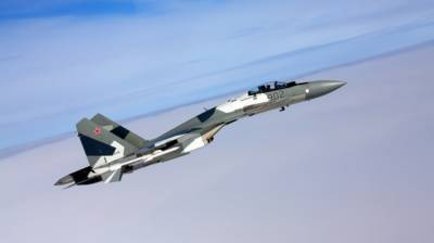 Russian Su 35 fighter jet intercepts American Navy surveillance plane thrice in three hours