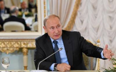 Russian President Putin warns of dropping nuclear weapons treaty