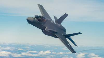 US Military to simulate F 35 stealth fighter jets in an aerial warfare against Russian Su 57 and Chinese J20 stealths