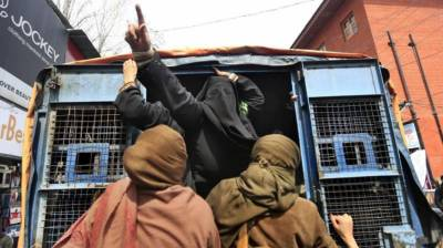 Indian authorities block prominent human rights group in Occupied Kashmir