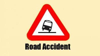 Road accident kills 8 near Matiari