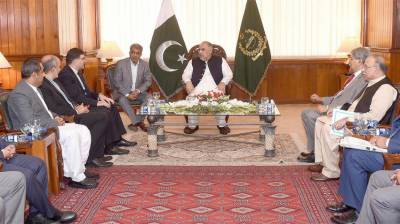 Pakistan offers Iran to join mage CPEC project