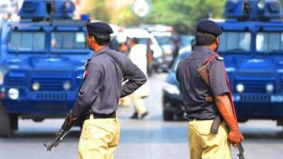 Two Police Officers martyred in Karachi