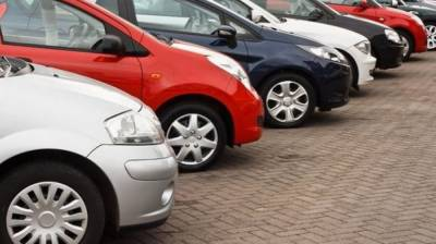 FBR to crackdown against 13,000 luxury car owners