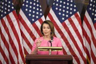Nancy Pelosi calls for US to de-escalate tensions with Iran