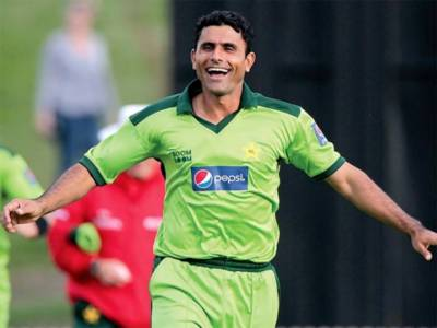 Abdul Razzaq claims to make Indian bowler the best all rounder in the world in two weeks