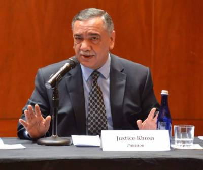 CJP Justice Asif Saeed Khosa teaches Pakistanis a forgotten lesson from Quranic verse