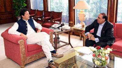 Professor Dr Ata-ur-Rehman calls on Prime Minister Imran Khan in Islamabad