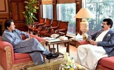 PM Imran Khan vows to thwart opposition parties attempt to remove Chairman Senate