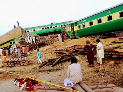 Akbar Express train accident: Death toll rises to 24, injured 84 mas