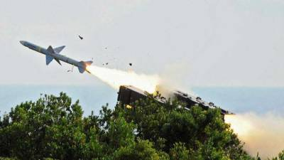 China holds military drills on southeast coast
