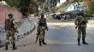 Indian CRPF soldier committed suicide in Occupied Kashmir