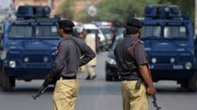 Sindh Police arrest 18 wanted criminals