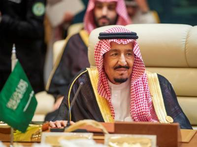 Saudi King approves hosting US forces to boost regional security