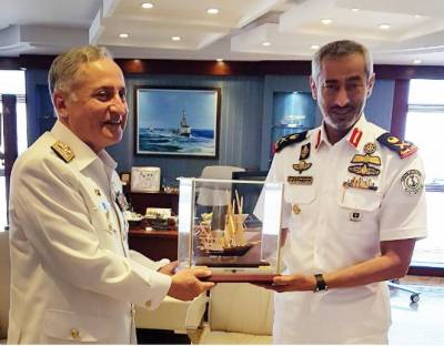 Pakistan Navy Chief held key discussions with his Naval Counterpart from UAE