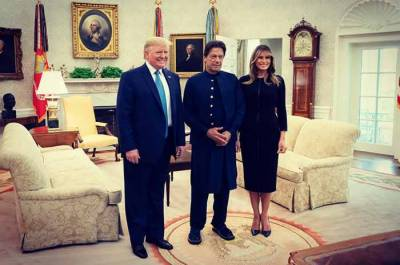 Melania Trump tweets upon arrival of Pakistan PM Imran Khan in White House