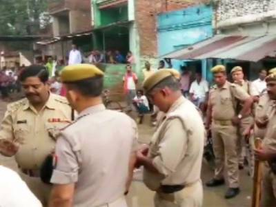 17 years old boy set ablaze in India for refusing to say