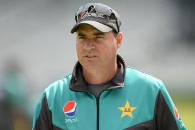 Is Pakistan head coach Mickey Arthur being given two years extension in contract?