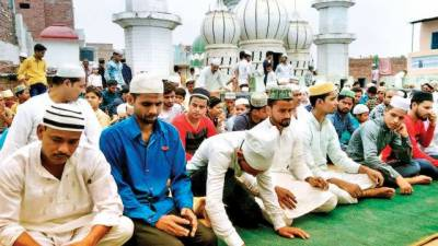 Rising Hindutva: Indian Muslims barred from offering Friday prayers on streets