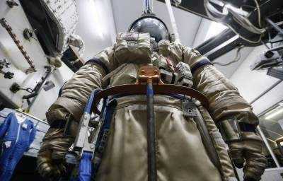 India seeks Russian equipment for sending first manned space mission