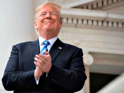 US President Donald Trump had emergency telephonic contacts with Pakistani and Indian Prime Ministers