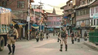 Indian Authorities ban Friday prayers in Occupied Kashmir