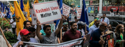 Pakistanis, Kashmiris and Sikhs held massive demonstration outside UN building in New York