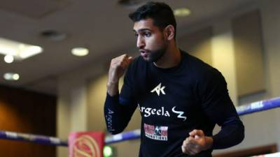 Boxer Amir Khan lashes out at Indian authorities over Occupied Kashmir crisis