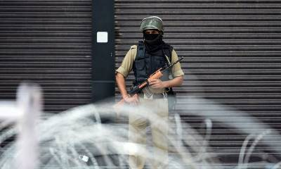 Atleast 500 protests, hundreds injured in clashes in Occupied Kashmir