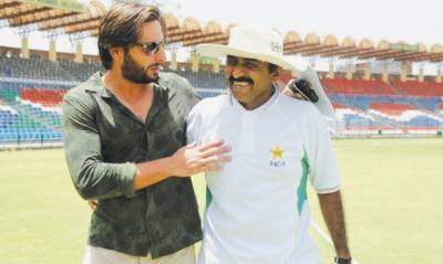 After Shahid Afridi, legendry Javed Miandad threatens India over Occupied Kashmir