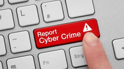 FIA Cyber Crime arrests two men in Lahore over harassing and blackmailing women on social media