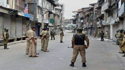 Life paralysed in Occupied Kashmir on 29th day of lockdown, Medicines and Food shortages reported