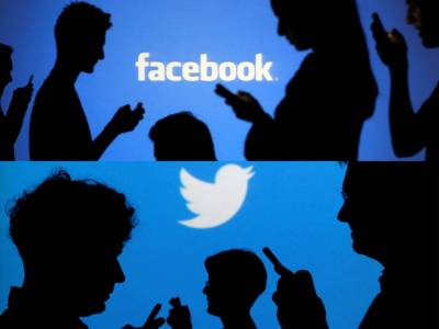 Facebook and Twitter not cooperating with Pakistan over spread of fake news: Report