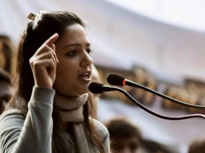Kashmiri leader Shehla Rashid to be arrested after being termed as traitor for exposing Indian Army brutalities in IOK