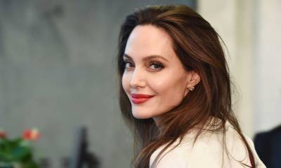Hollywood queen Angelina Jolie stand for Afghan women