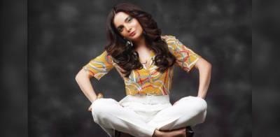 Pakistani actress Armeena Khan faces setback over raising voice for Kashmiris