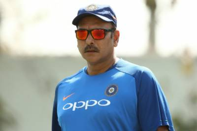 How much salary Indian cricket team head coach Ravi Shastri is receiving?