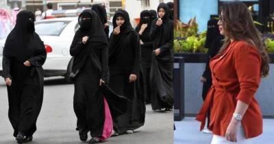 Defiant Saudi woman shuns abaya for high heels in Riyadh