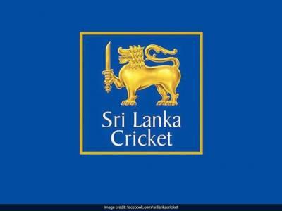 Who is sending terrorist threats to Srilankan government over cricket team visit to Pakistan?