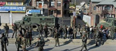 Indian lockdown of Occupied Kashmir enters 41st day, Kashmiris defying curfew hit with pellet guns