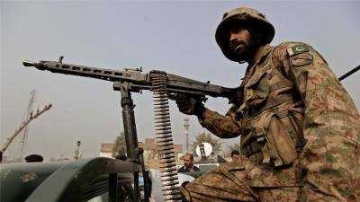 Pakistan Army soldier martyred in Indian ceasefire violations at LoC
