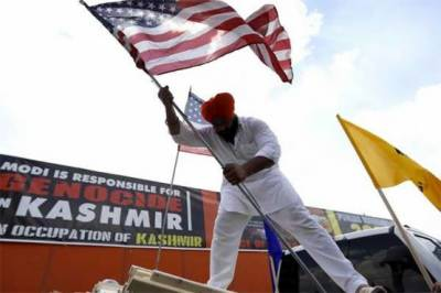 Pakistanis joined by pro Khalistan community members stage protest in US against India over Occupied Kashmir