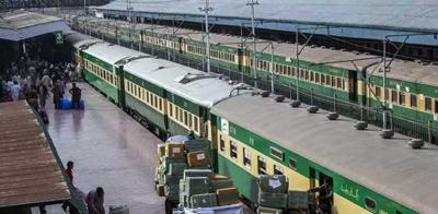 Pakistan Railways revenue surge to Rs 54 billion under PTI government