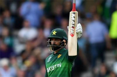 Mohammad Hafeez is NOT out from Pakistan cricket future plans