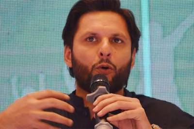 Former Skipper Shahid Afridi breaks silence over media reports of joining politics