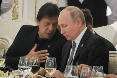 Pakistan PM Imran Khan met Russian President Vladimir Putin in New York