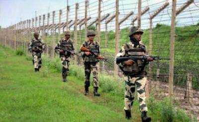 Indian Military launches massive operation along International borders with Pakistan